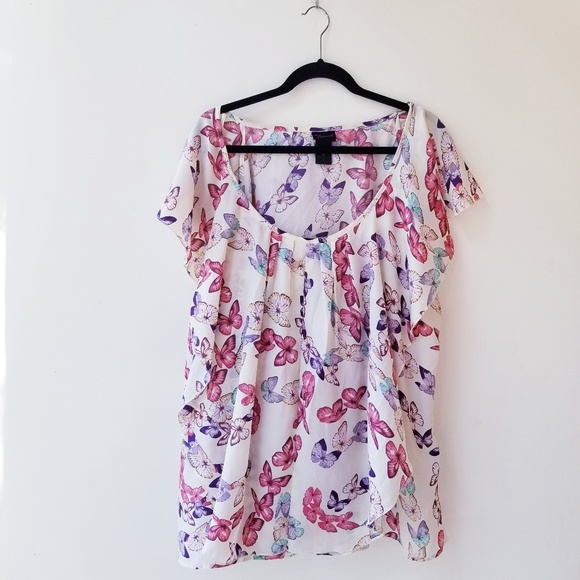 torrid Tops - Torrid butterfly print ruffle blouse